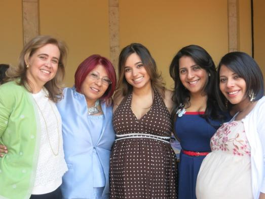Mom, Mother-in-law, me, Lyus and Mayi! :D